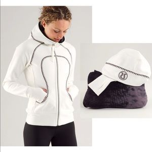 Lululemon Scuba Hoodie* Travel Pillow